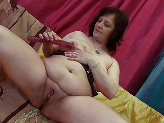 Younger dude fucks horny granny Irine added to makes her scream