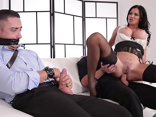 Kinky MILF Jasmine Jae ties give a guy and rides him at the office