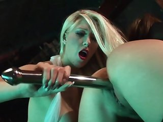 Brutal sex down at the strip bar for duo dolls