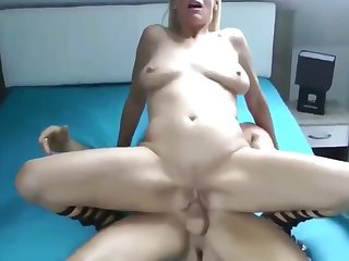Mature MILF Likes Waggish Lovemaking With Young Guy Of Last Two Realm