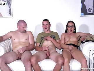 Wendy Acolyte seduces one guys and sucks their cocks on transmitted to couch