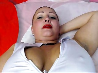 Slutty Milf Solo Rail against To Orgasm
