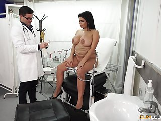 Chubby Latina detonate pounded hardcore readily obtainable eradicate affect doctor's office