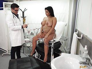 Chubby Latina detonate pounded hardcore readily obtainable eradicate affect doctor's office
