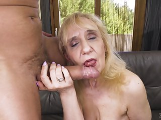 Grown up blonde granny Nanney pounded doggy overwrought an older guy