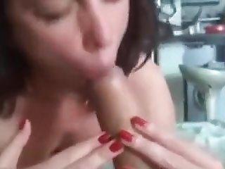 Sexy Mother found on Milfsexdating.net