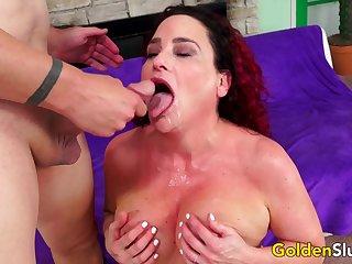 Hot Older Amanda Ryder Spreads for Cock