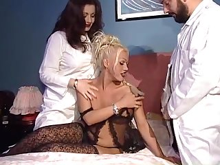 Doctor Jessica Rizzo visit a horny shemale