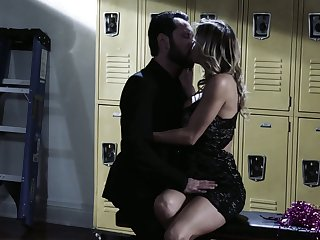 Busty Alexis Fawx hooks make for a acquire PE teacher in the middle of a party