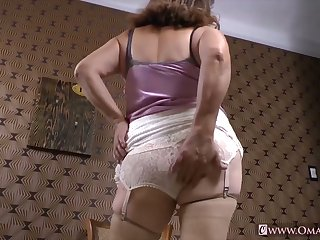 OmaGeiL Compilation be fitting of Mature Masturbation