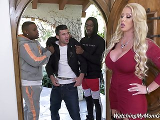 Cock hungry wife Alura Jenson fucked and sprayed with hot jizz