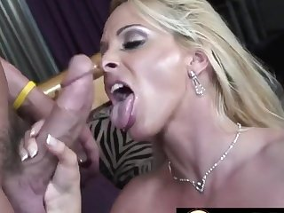 Horny blonde mommies sucking stiff and imperceptive dicks to complete perfection