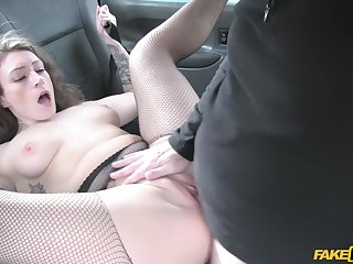 Sexy cougar Ava Austen gets fucked by old taxi driver