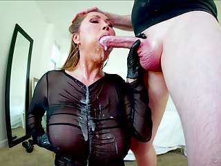 Getting head from Kianna Dior must feel like a million mine money