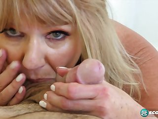 Mia Magnusson's hands-on sex lesson - 60PlusMilfs