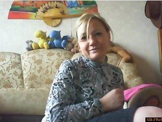 Simmering Mom Masturbating On Homemade Webcam