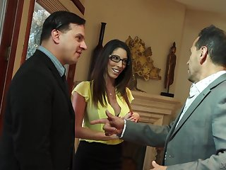 Lecherous busty spliced Dava Foxx seduces husband's boss for promotion