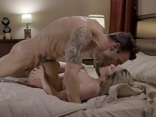 Stony-broke blonde whore gets cum on those tits