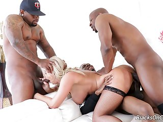 Multiple cocks make blonde MILF London River come alive