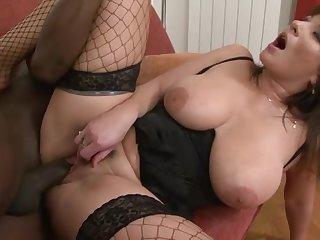 Hairy White Vagina Grinding Black Dick With Tara Blows