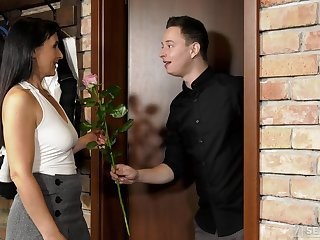 Student Nikki Nutz finds out how to tryst an older woman