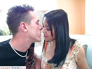 Korean hottie Mika Tan gets her luscious pussy licked and fucked