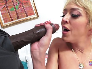 Sean Michaels - Blonde Milf Loves Bbc In Say no to Tight Asshole