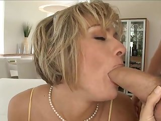 Mature Woman Likes His Younger Unearth - Homemade