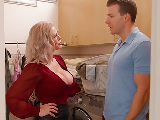 Stepmom seems alright with fucking in hardcore